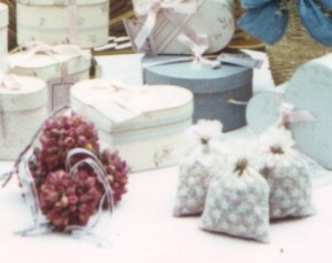 Save your rosepetals, (or any buds that haven't dried as beautifully as you might like) for sachets, or potpourri. These are pomanders, sachets & hatboxes filled with rosepetal potpourri which was some of my biggest sellers.
