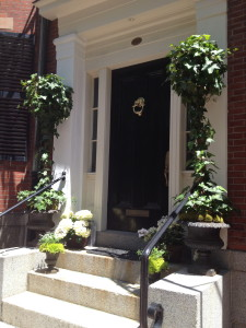 Ivy topiaries were on the front porches of many homes.