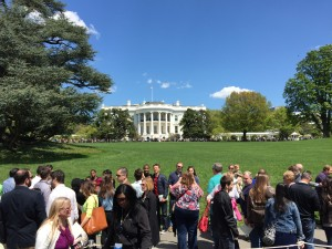 I leave you with one last shot of our beautiful White House on such a gorgeous day.