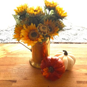 Sunflowers are one of my favorite fall flowers- I love to have them on the kitchen table to enjoy.